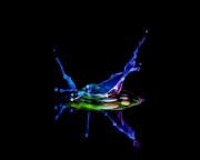 Macro High speed Bio Luminescent milk droplet 10