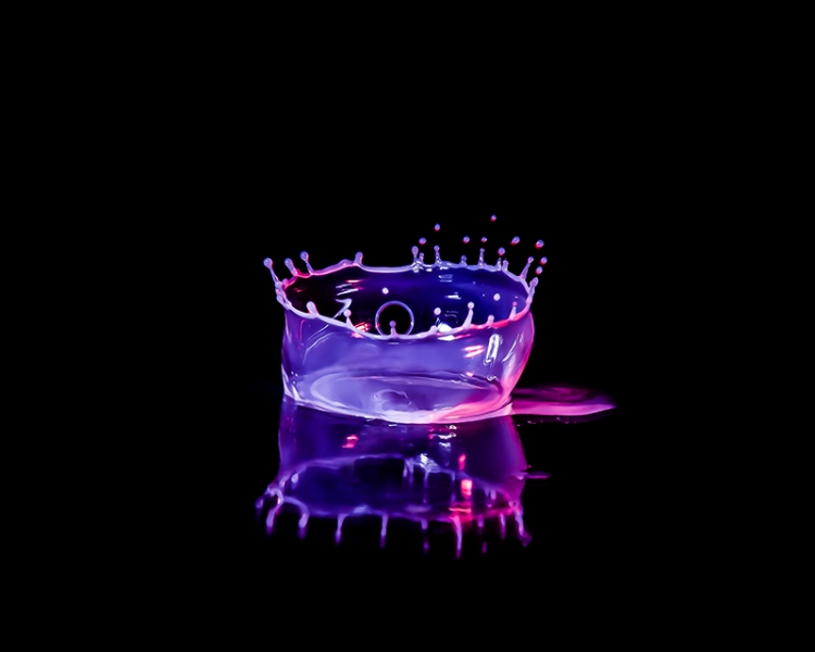 Macro High speed Bio Luminescent milk droplet 5