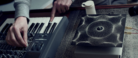 cymatics, visualise sound, cymatics photography, cymatic formations, cymatic patterns, biomorphic shapes, cymatics art, visualise sound photography, sound art, biomorphic art, sound photography, vibration, structure, speaker, macro,
